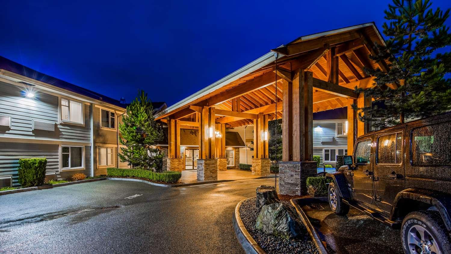 Best Western Hotel - Entrance