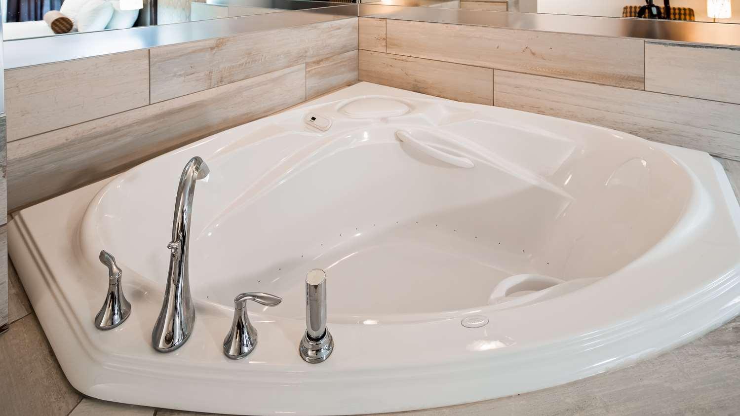 Best Western Hotel - Bathroom